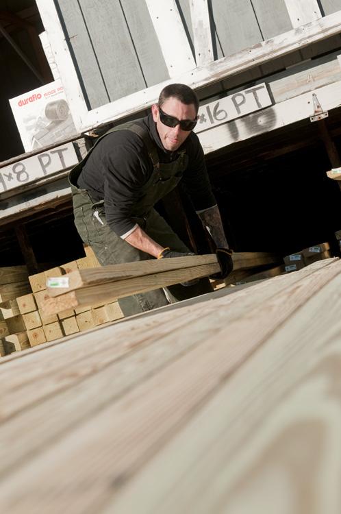 Eldredge Lumber being Loaded